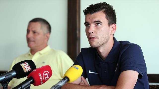 'Zar sam nakon 30 golova zaslužio da mi psuju majku'