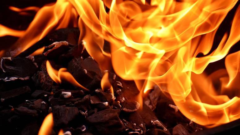 Eksploziju u đuđevačkoj tvornici parketa izazvala je zapaljena smjesa drvene prašine i zraka