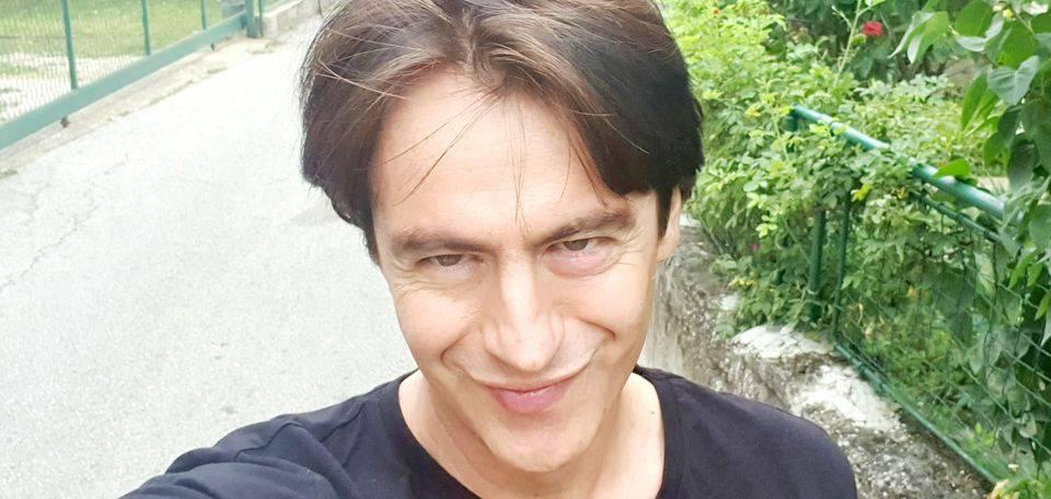 Novković se 'pohvalio' novom frizurom: 'Zgodan kao uvijek'
