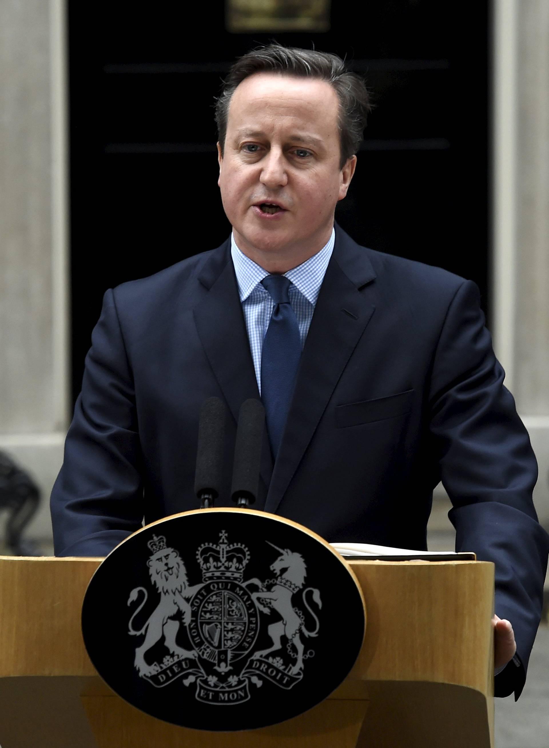 Cameron priznao da je  imao udjele u fondu na Bahamima