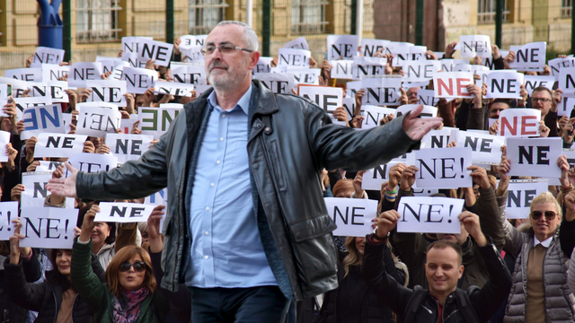 Stipić: 'Vlada je uvjetovala da ponuda ne ide na referendum'