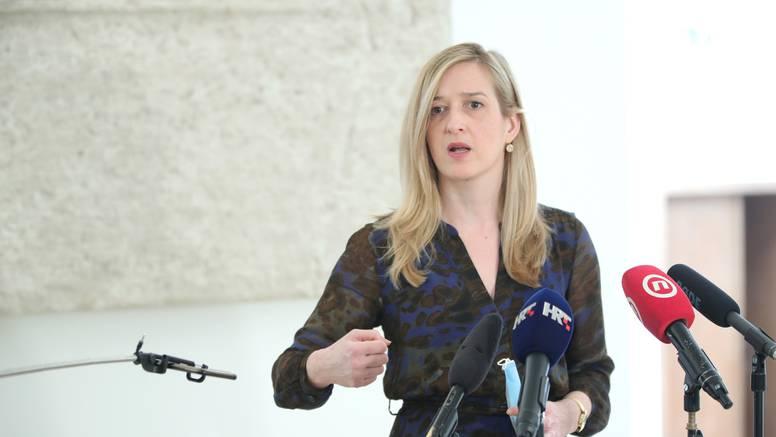 Ahmetović ministru Ćoriću: Možda niste za baciti, ali niste ni za voditi ovo Ministarstvo