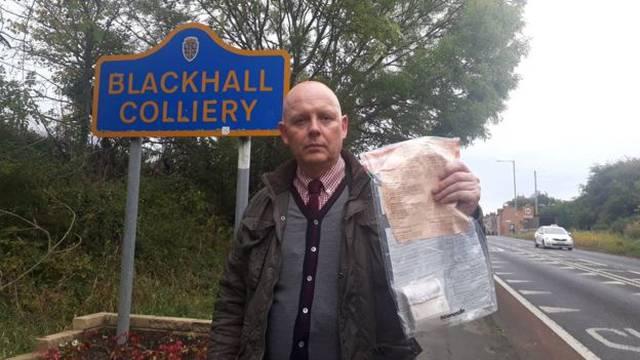 Nepoznati dobrotvor ostavlja kuverte pune novaca na ulici