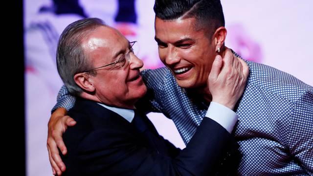 FILE PHOTO: Cristiano Ronaldo receives the MARCA Legend award