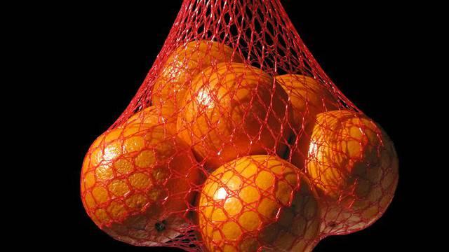 Koja je tajna crvenih mrežastih vrećica u kojima stoje naranče?