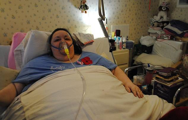 Imala 254 kile i plakala od boli: Iz kreveta su je vadili dizalicom