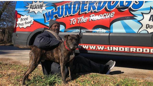 Beskućnik spasio sve životinje iz skloništa koje je počelo gorjeti