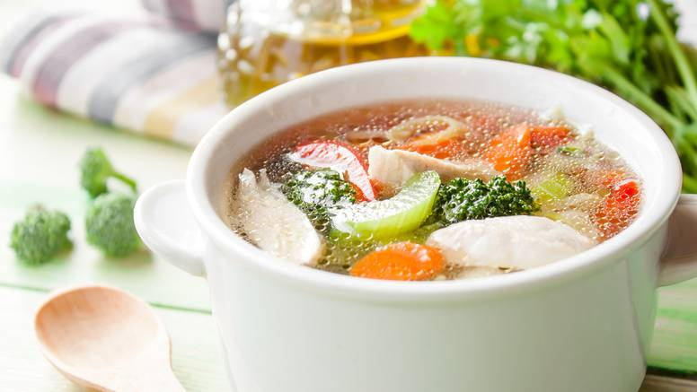 Isprobajte nešto novo: Jesenska juha od patke s obiljem povrća