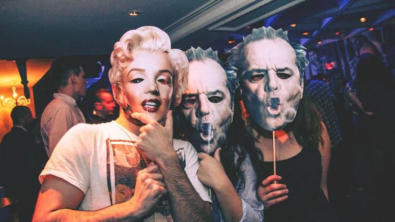 Iluzionist ludo zabavio ostale maske na čarobnom karnevalu