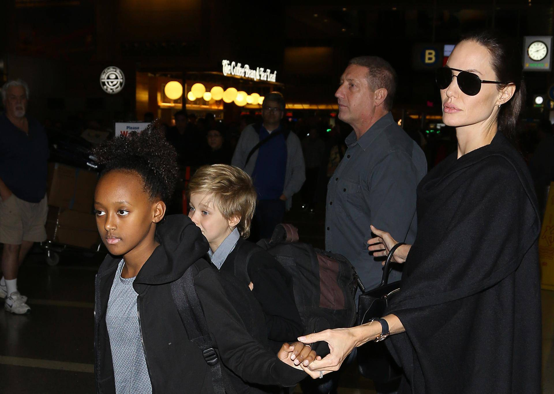 Angelina Jolie and the kids are a family that travels together