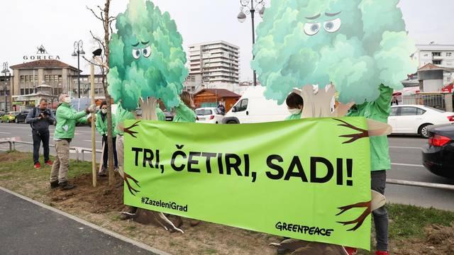 Aktivisti Greenpeace-a u Zagrebu zasadili novi drvored