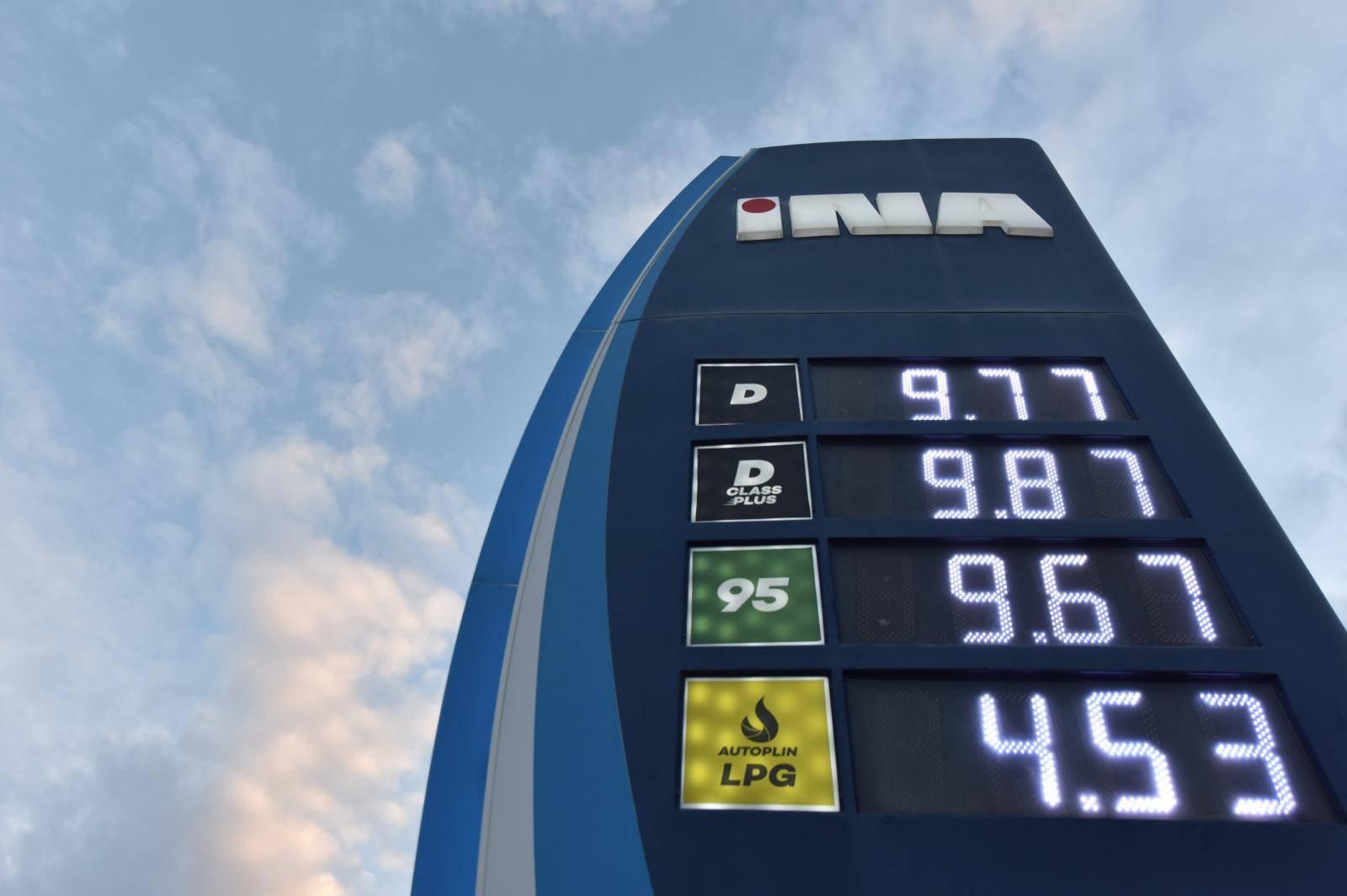 Velik skok cijena goriva: Litra benzina poskupjela za 22 lipe!