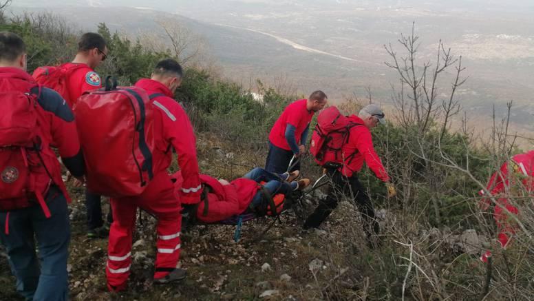 HGSS spasio planinara: Bez iskustva i opreme skliznuo na Dinari, pomogao je i helikopter
