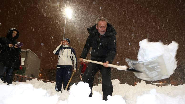 Filozofija Milana B.: Polizat ćemo zagrebački asfalt i pojest snijeg, ako bude potrebno...