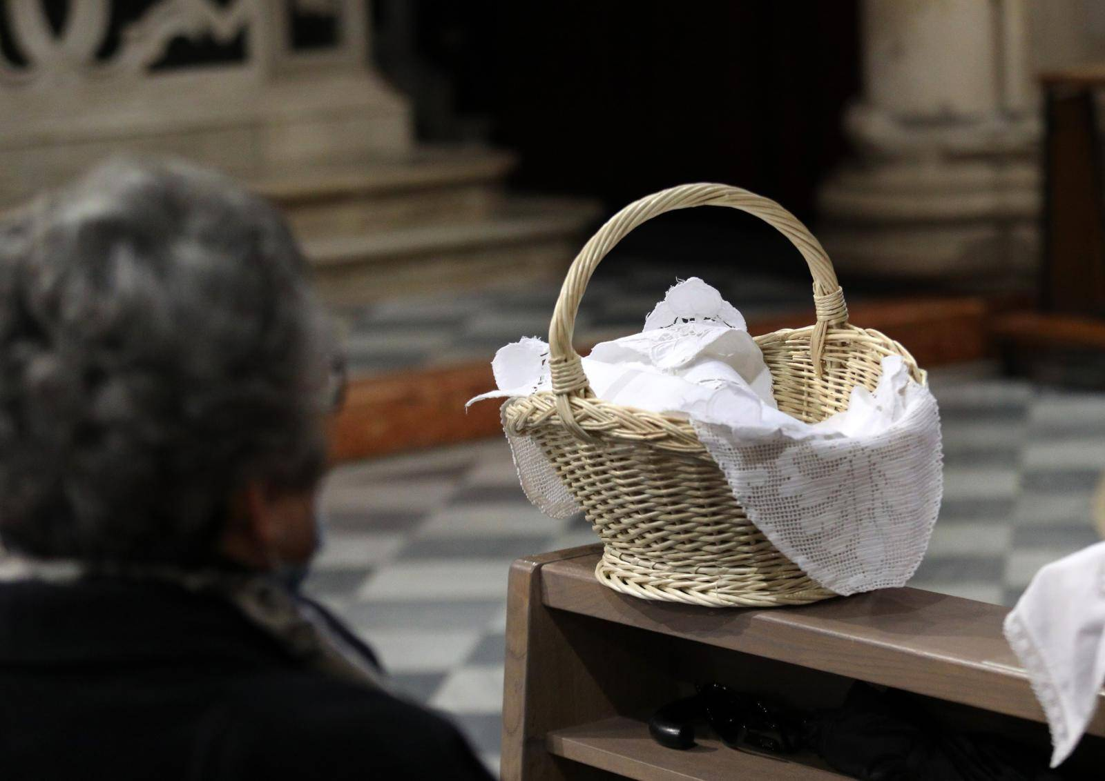 Šibenik: Blagoslov uskrnih jela u katedrali sv. Jakova