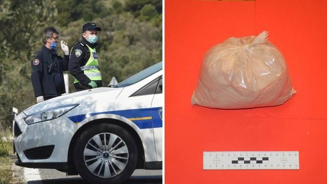 Izvadio je propusnicu kako bi dilao heroin, ulovili ga policajci