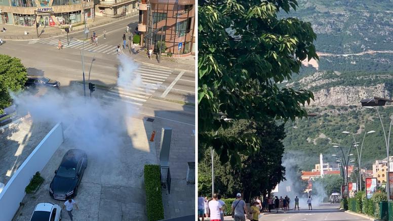 Kaos u Budvi: 'Prosvjednici su kamenovali policijsku stanicu, policija ih rastjerala suzavcem!'