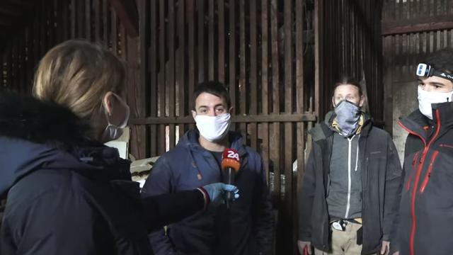 Dečki za pet! Uništene krovove u potresu popravljaju besplatno