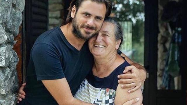 Pozirao s majkom: Ovo je jedina žena koja me bezuvjetno voli...