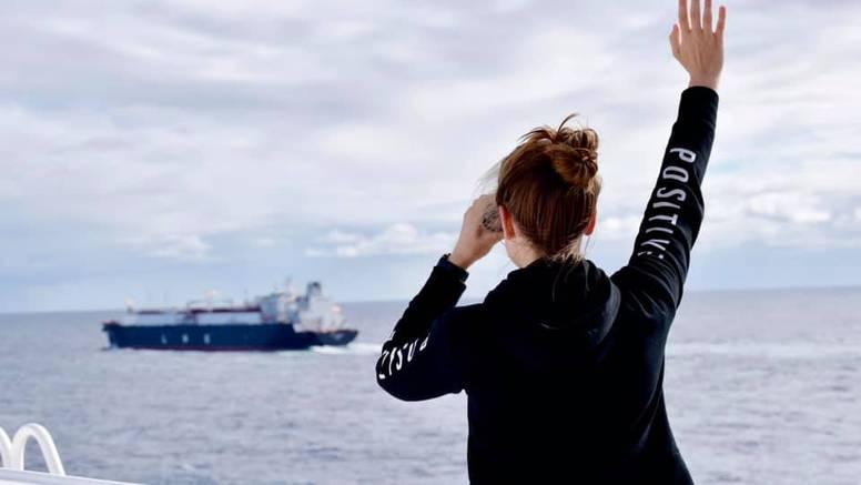 Romeo i Julija s palube: Splitski kapetan omogućio susret na oceanu zaljubljenim kadetima