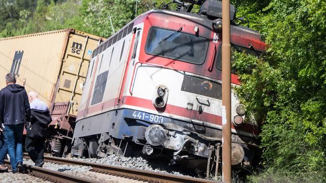 Teretni vlak izletio s tračnica kod Mostara, dvoje ozlijeđenih
