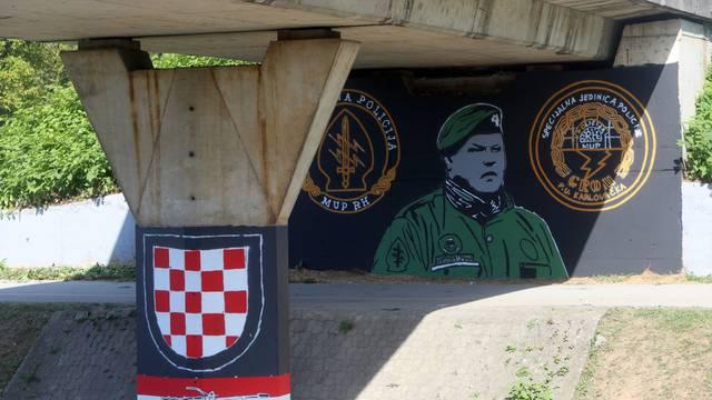Karlovac: Uoči tridesete obljetnice Koranski most oslikan mural s likom Miše Hrastova