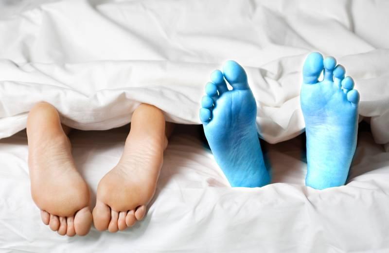 Evo zašto neki ljudi spavaju u čarapama stalno, a drugi nikad