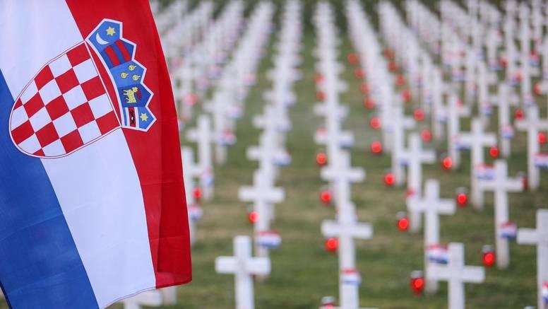 Spomenik generalu JNA šamar za svaku od žrtava u Vukovaru