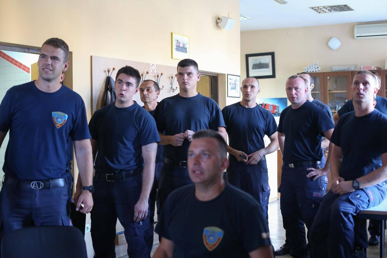 Zagrebački vatrogasci gledali Stipu, a onda je zvonio alarm...