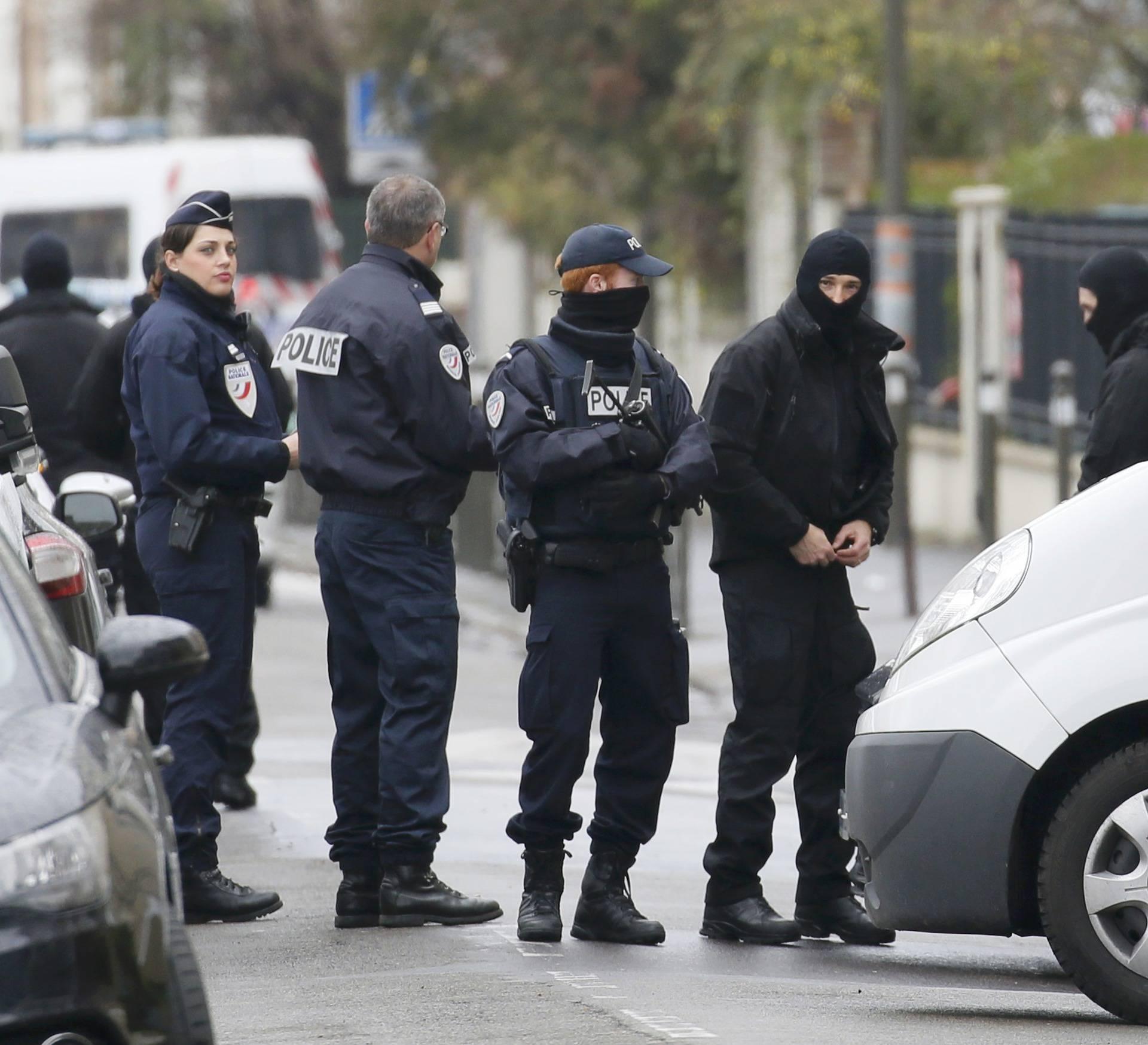 Planirale teroristički napad? Policija u Parizu uhitila 3 žene