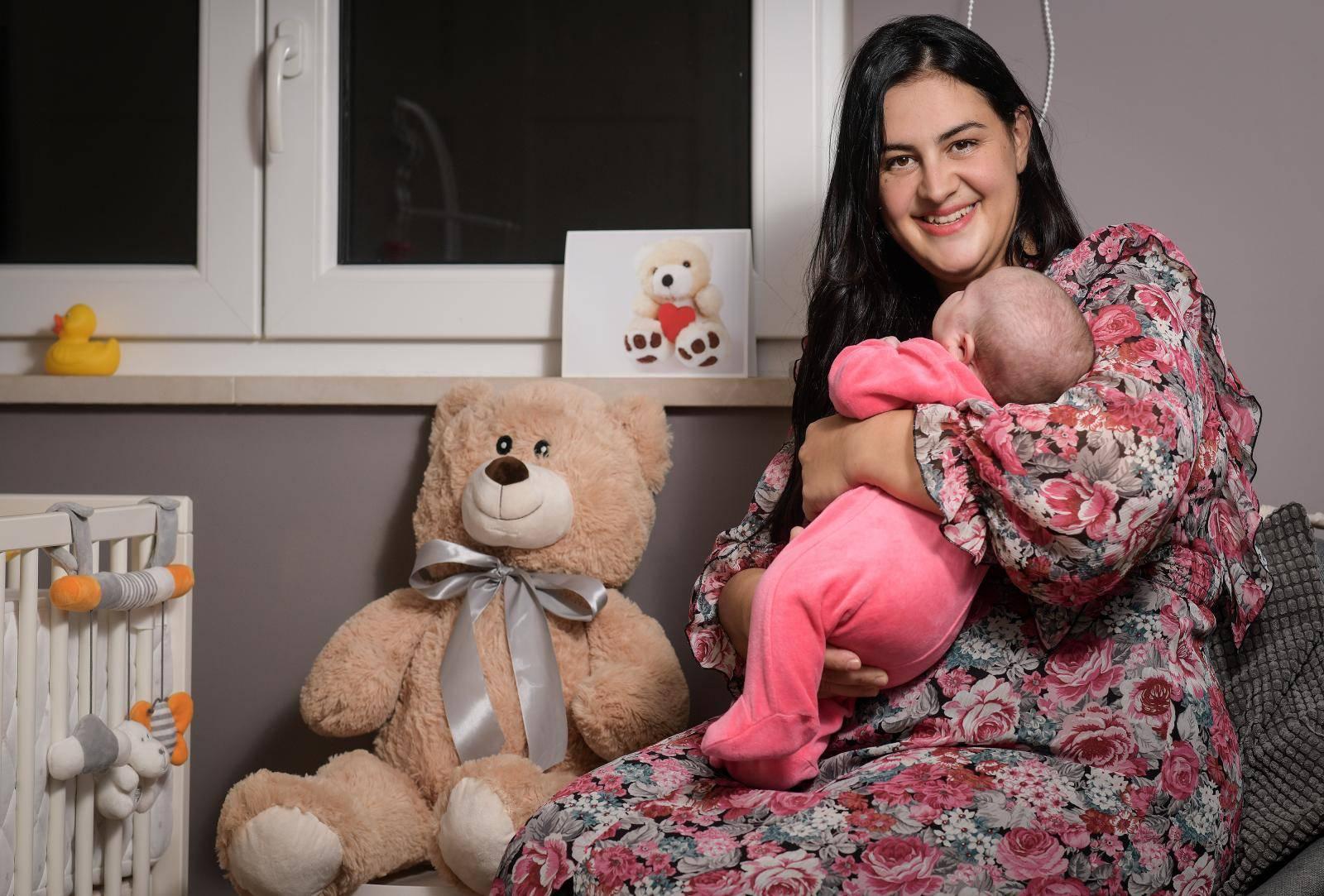 'Napokon uživam u majčinstvu, ali uskoro se vraćam u Sabor'
