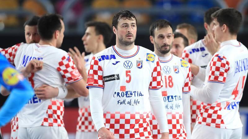 'Riskirali su vlastito zdravlje. Hrvatski dres njima znači život'
