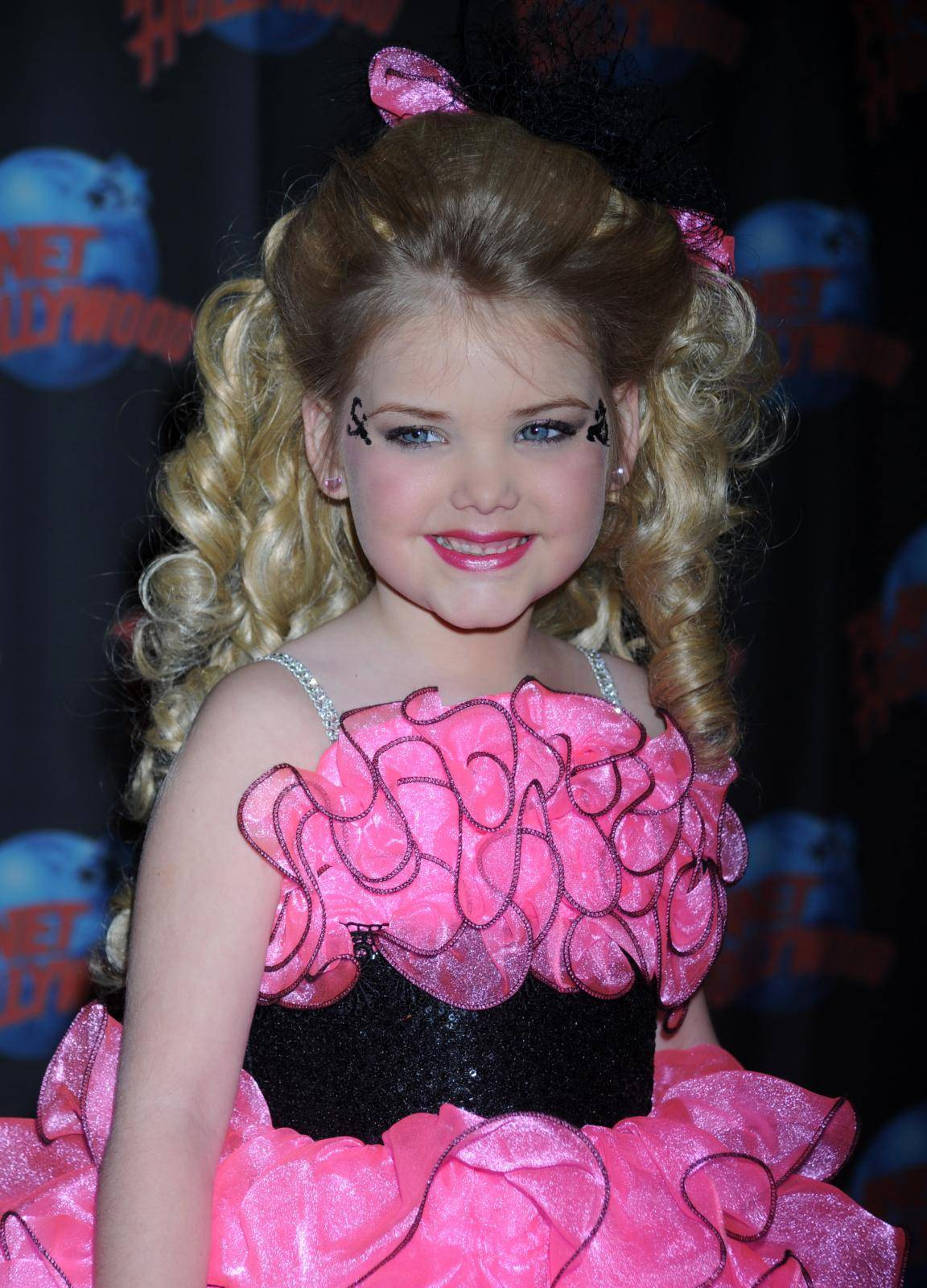 Pageant star Eden Wood appearance at Planet Hollywood - New York