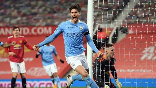 City srušio United, Guardiola u finalu protiv najljućeg rivala...