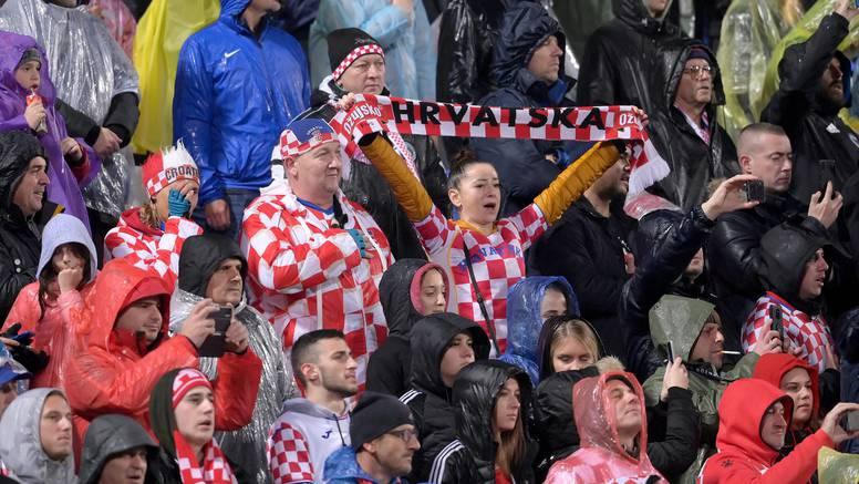Predsjednik HNS-a: Nadam se da je ovo zadnji put da su navijači pokisnuli u Osijeku