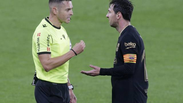 La Liga Santander - Celta Vigo v FC Barcelona
