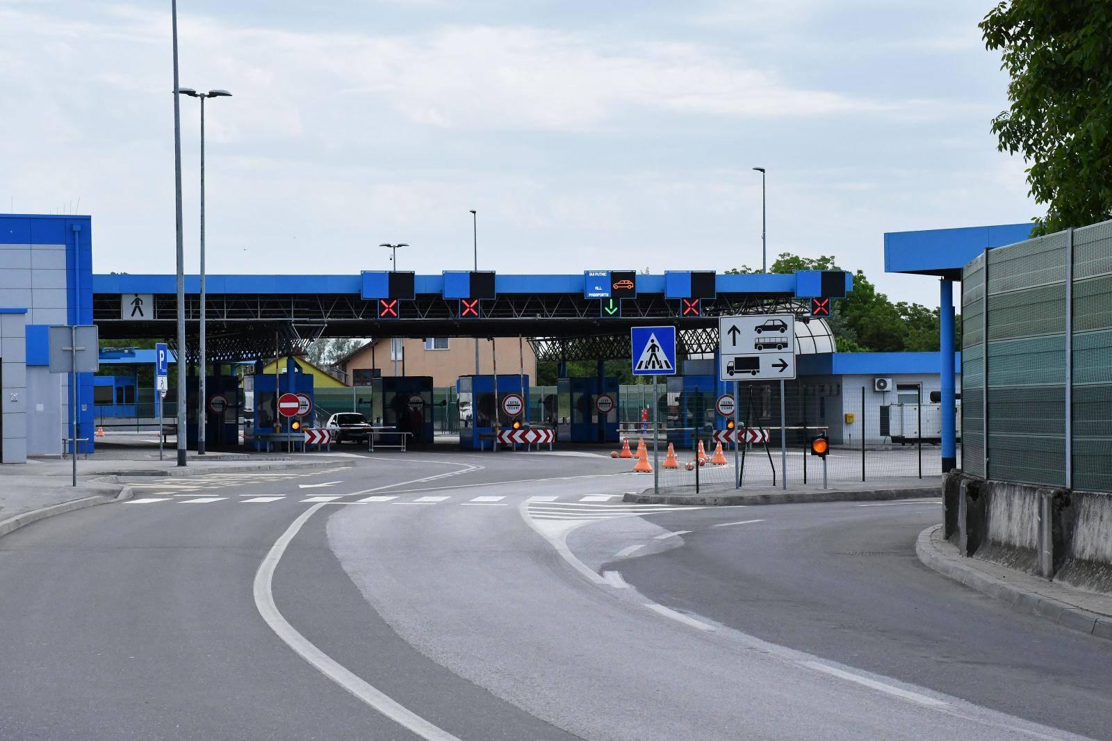 Na graničnom prijelazu s BiH prelasci su i dalje ograničeni na određene kategorije osoba