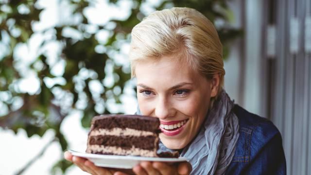 Ne možemo si pomoći: Evo zašto nam sline cure kad vidimo finu i mirisnu hranu ispred sebe