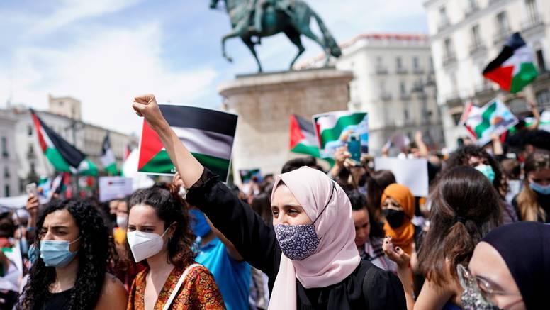 Masovni prosvjedi u Madridu i Bejrutu zbog izraelskih napada na Gazu: Ovo je genocid, ne rat