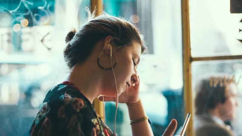 Kako pronaći sreću: Zašto neke žene kao da nikada nisu sretne
