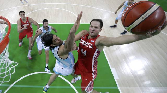 Basketball - Men's Preliminary Round Group B Argentina v Croatia