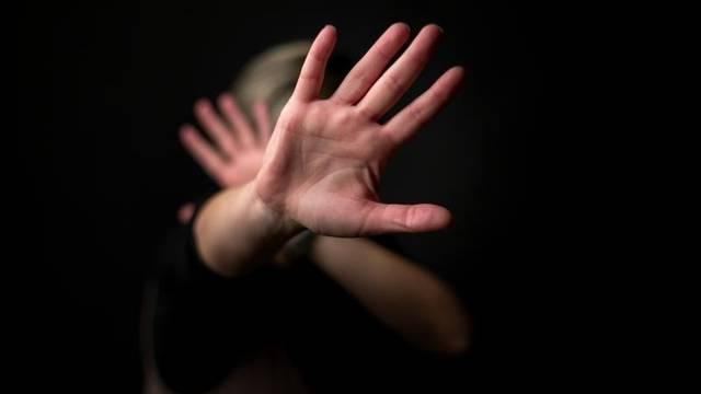 Silovao djevojku na dopustu iz zatvora, dobio tri godine robije