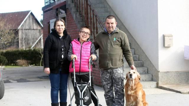 Magdalena (20) ne želi ovisiti o majci i ocu, ona želi svoj život!