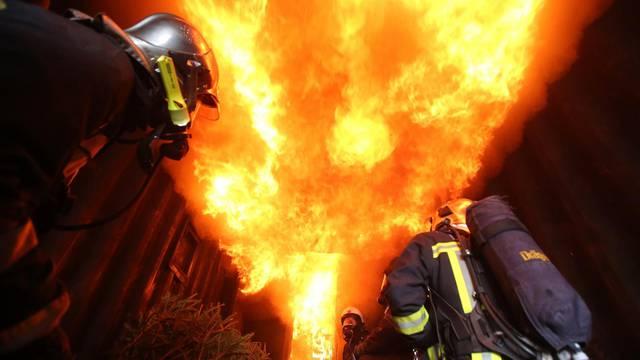 U požaru kuće u Lokvama preminuo je 58-godišnjak