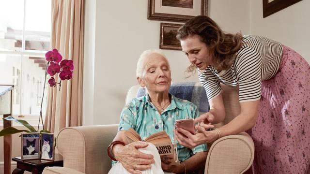 5 savjeta ukoliko brinete o starijima s inkontinencijom, ili se i sami nosite s njom