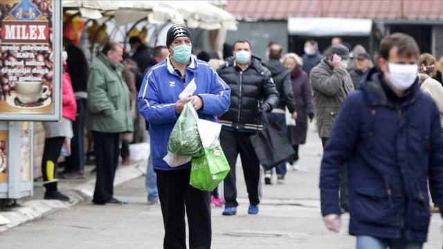 Markets in Belgrade are open three days a week, starting Thursday.Pijace u Beogradu rade tri dana nedeljno, od cetvrtka.