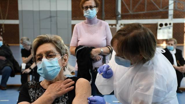 Bjelovar: Organiziran prvi punkt za cijepljenje u BBŽ, cijepljene su 324 osobe