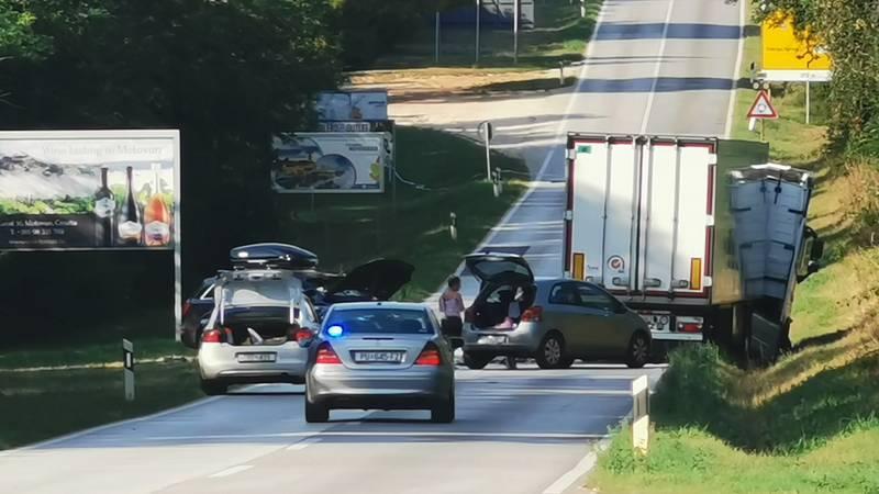 Teška nesreća kod Poreča: Tri auta se sudarila, jedan poginuli