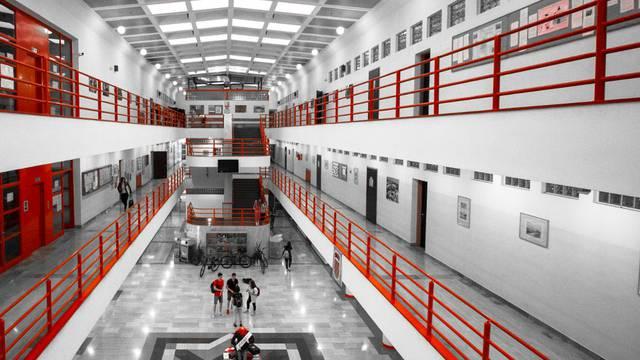 Zagrebačka humanitarka novac je ostavila gimnaziji, oni će sad dijeliti stipendije učenicima