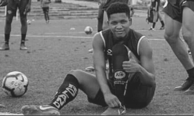 Mladi nogometaš ubijen ispred kuće: Upucali su ga zabunom